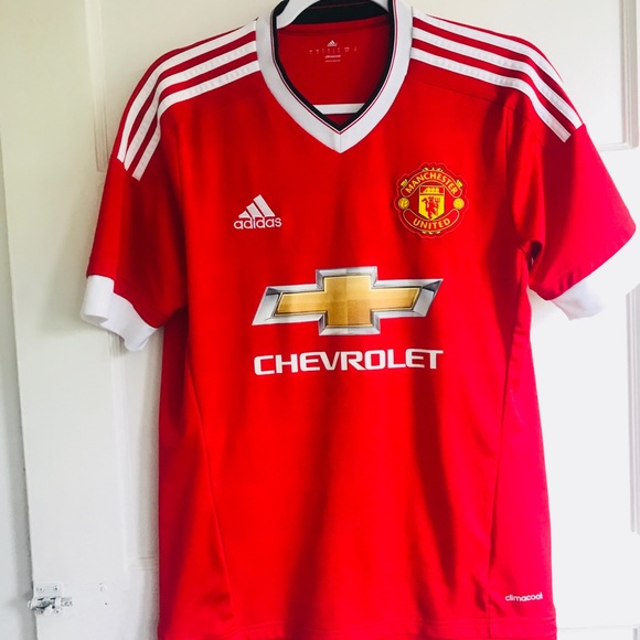 new style 29bfb a11b3 adidas red Chevrolet Manchester United jersey